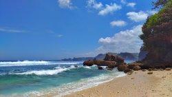 Ngopet Beach