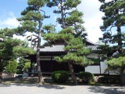 Rozanji Temple