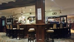 Bernie's Bar in Cliff House Hoel