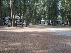 Pinegrove Campground and R.V. Park
