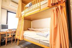 ツインルーム(2段ベッド)/ Twin room (bunk bed)
