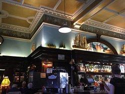 Nobles Cafe Bar & Restaurant