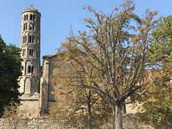 Cathédrale Saint-Théodorit