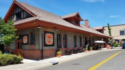 McMenamins Roseburg Station Pub & Brewery