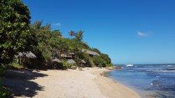 La plage aux platiers, juste en bas de l'hotel