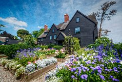 ‪The House of the Seven Gables‬