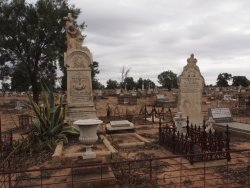 Bourke Historic Cemetery