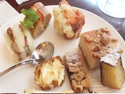 Pastry Shop Lamora