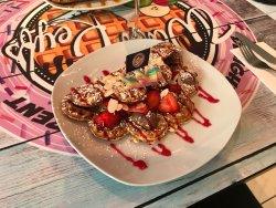 Waffle Keyfs Café