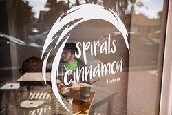 Spirals Cinnamon