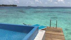 Honeymoon Aqua pool villa..an idyllic view of the ocean