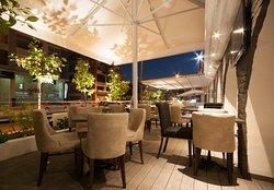 El Clasico Cafe Lounge