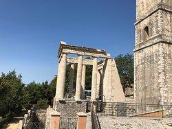 Tempio di Ercole a Cori a Monte