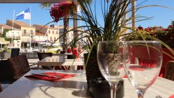 Hotel et Restaurant du Port Meze