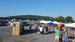 Williams Grove Farmers Flea Market