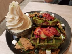 Kara Cafe & Dessert Bar