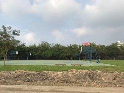 Dongshi Hebin Park