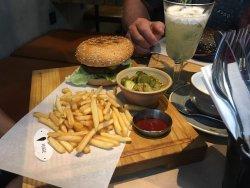 Shade Burger