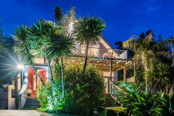 Muriwai Beach B&B
