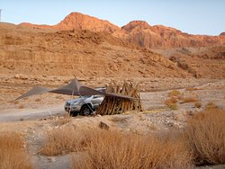 In Low Gear - 4x4 Jeep Tours