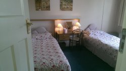 Teddington B & B