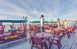 Sun Deck Restaurant