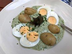 Grie Soß´mit Eiern und Kartoffeln