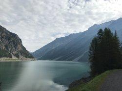 Ristoro Val Alpisella - passeggiata lungo il lago