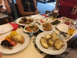 Sehr gut ! Authentisches Griechisches Restaurant