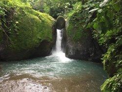 Cascada Pavon - Waterfall in Costa Rica