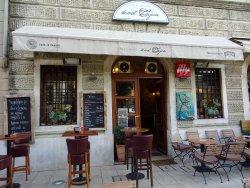"Wine & Coffee Bar ""Kod Zajca"""