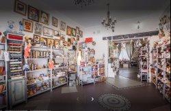 Milo Handmade Souvenir Store