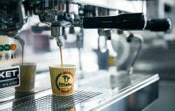 2 Giraffes Espresso Bar
