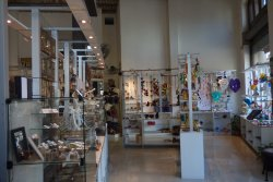 Mercado de los Artesanos -- Mercado Ciudad Vieja