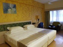 DZH Health Resort Club