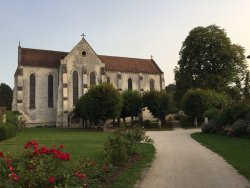 Abbaye Saint-Jean Aux Bois