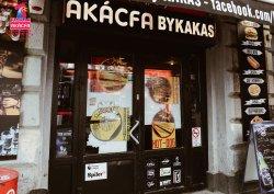 Akacfa Sorozo by Kakas