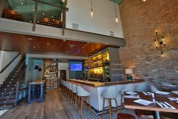 Brix Wine Bar & Bistro