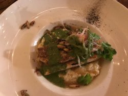Cucina mexi-fusion affacciata su splendida piazza