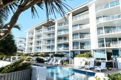 C Bargara Resort Grand Mercure Apartments