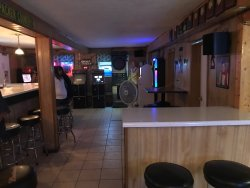 Brenda's Country Bar