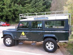 The Wye Canoes Land Rover