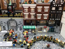 Chester in Lego