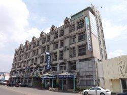 Chichi Hotel