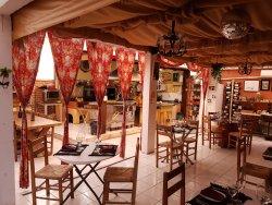 Le Quintal VIP Gourmet Club & Bistro