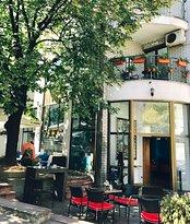 La Dolce Vita Cafe
