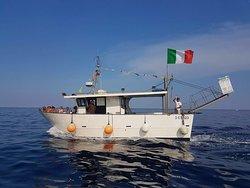 Barca Lachea Tour
