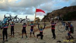 Bersepeda start Waingapu finish Watuparunu