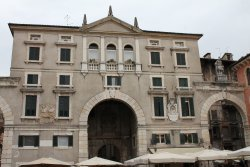 Palazzo Domus Nova