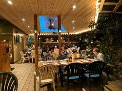 Touristy tropical bar, nice food